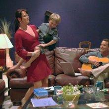 Cole Hauser e Kate Levering in una scena del film Like Dandelion Dust