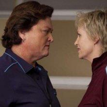 Dot Jones e Jane Lynch nell'episodio Audition, premiere della stagione 2 di Glee