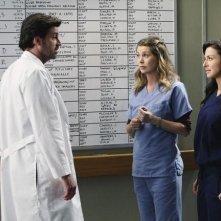 Patrick Dempsey, Ellen Pompeo e Caterina Scorsone nell'episodio Superfreak di Grey's Anatomy