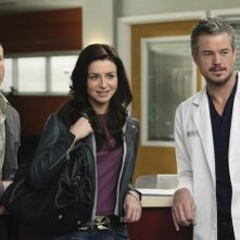 Sean Carrigan, Caterina Scorsone ed Eric Dane nell'episodio Superfreak di Grey's Anatomy