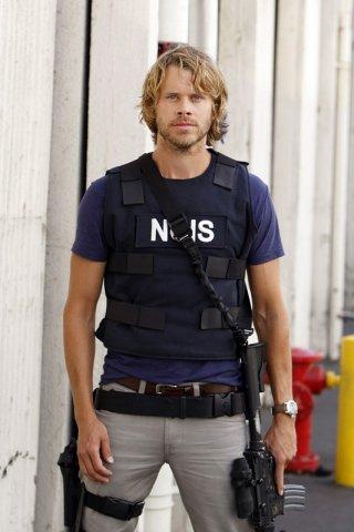 Eric Christian Olsen in una foto promo per l'episodio Black Widow di NCIS: Los Angeles