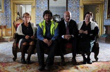 Alessandro Siani e Claudio Bisio, protagonisti del film Benvenuti al Sud (2009)