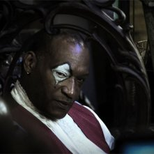 Un carnevalesco Tony Todd nell'horror Hatchet 2