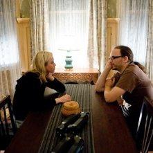 Renée Zellweger e il regista Christian Alvart sul set di Case 39