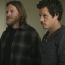 Donal Logue e Michael Raymond-James in Change Partners di Terriers