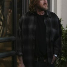 Donal Logue nell'episodio Change Partners di Terriers