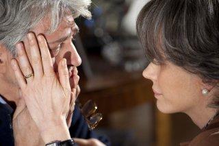 Francesca Neri e Fabrizio Bentivoglio in un'immagine del film Una sconfinata giovinezza