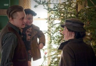 Michael Pitt e Aleksa Palladino nell'episodio The Ivory Tower di Boardwalk Empire
