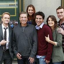 Il cast di How I Met Your Mother sul set dell'episodio Subway Wars