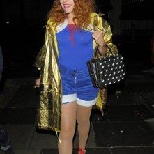 Paloma Faith si gode una serata fuori con Jools Holland ed altri amici a Londra