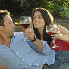 Alex O'Loughlin e Michelle Borth nell'episodio Nalowale di Hawaii Five-0
