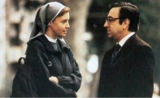 Silvio Orlando e Margherita Buy in una scena di Fuori dal mondo