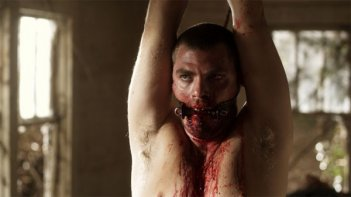 Daniel Franzese in una scena del film I Spit on Your Grave