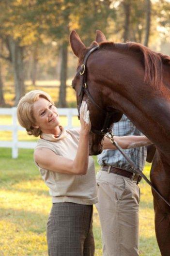 Diane Lane, protagonista di Secretariat insieme a questo splendido cavallo