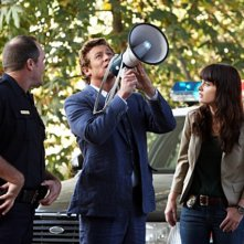 Simon Baker e Robin Tunney in una scena dell'episodio Red Carpet Treatment di The Mentalist
