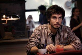 Lorenzo Balducci in una scena del film tv Le cose che restano
