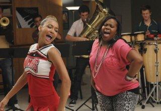Naya Rivera e Amber Riley nell'episodio Duets di Glee