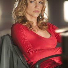 Tricia Helfer nell'episodio Jane Wayne di Dark Blue