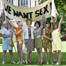Sally Hawkins insieme alle protagoniste di We Want Sex