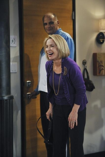 Debra Jo Rupp In Better With You Nell Episodio Better With Halloween 179451