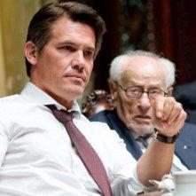 Josh Brolin in una scena di Wall Street 2: Money Never Sleeps