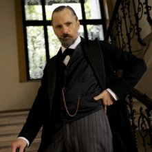 Un intenso Viggo Mortensen in costume in A Dangerous Method