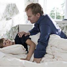 Ulrich Thomsen in una scena del film In a Better World (Hævnen)