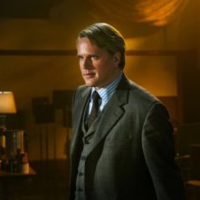 Cary Elwes nei panni del dottor Lawrence Gordon nel film Saw 3D