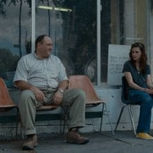 Kristen Stewart e James Gandolfini in una scena del film Welcome to the Rileys