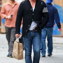 Mickey Rourke fa una passeggiata attraverso il Meatpacking District di New York