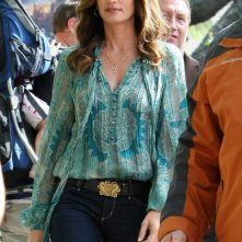 Cindy Crawford al The Grove per fare un'intervista con Mario Lopez a Los Angeles