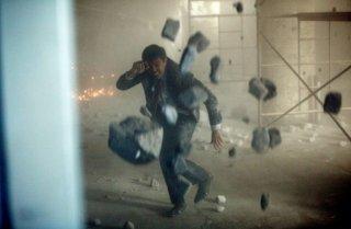 Ian Anthony Dale in un momento drammatico dell'episodio Loyalty di The Event