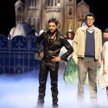 John Stamos, Cory Monteith e Lea Michele nell'episodio The Rocky Horror Glee Show di Glee