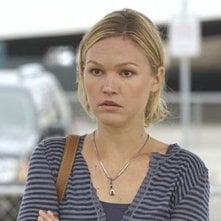 Julia Stiles in una scena dell'episodio First Blood di 'Dexter'