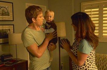 Michael C. Hall e Maria Doyle Kennedy in una scena dell'episodio Beauty and the Beast di 'Dexter'