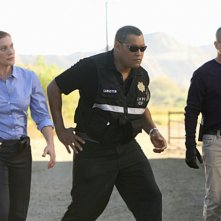 George Eads, Katee Sackhoff e Laurence Fishburne in CSI: Scena del crimine, nell'episodio Fracked