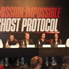 Jeffrey Chernov, Jeremy Renner, Brad Bird, Tom Cruise, Paula Patton e Bryan Burk presentano il quarto capitolo di Mission: Impossible - Ghost Protocol a Dubai