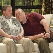 William Shatner e Will Sasso in $#*! My Dad Says nell'episodio Dog Ed Pursuit