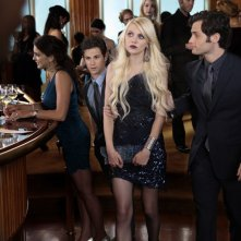 Connor Paolo, Taylor Momsen e Penn Badgley nell'episodio Easy J di Gossip Girl