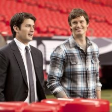 Nathan (James Lafferty) e Troy (Steven Howell) nell'episodio Mouthful of Diamonds di One Tree Hill
