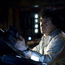 Adam Brody (Peter Kelamis) in una scena dell'episodio Awakenings di Stargate Universe