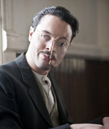 Jack Huston in una scena dell'episodio 'Home' di Boardwalk Empire