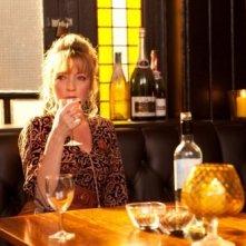 Lesley Manville in una scena del film Another Year
