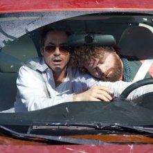 Robert Downey Jr e Zach Galifianakis, protagonisti del divertente road movie Due Date