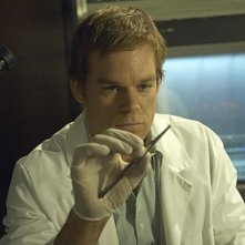 Michael C. Hall in una scena dell'episodio Circle Us della quinta stagione di  Dexter