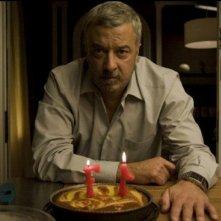 Adolfo Fernández nel film Cruzando el límite