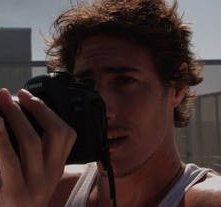 Eric Balfour nel film Skyline