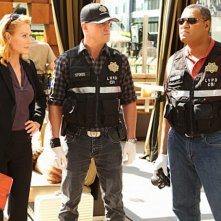 George Eads, Marg Helgenberger e Laurence Fishburne in CSI: Scena del crimine nell'episodio Wild Life
