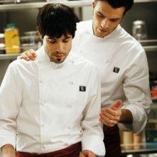 Unax Ugalde e Giulio Berruti in un'immagine del film Bon Appetit