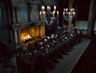 Lord Voldemort e i suoi seguaci nel film Harry Potter e i Doni della Morte - parte 1